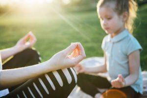 Zähneknirschen Entspannung Yoga